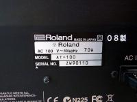 Roland AT-100